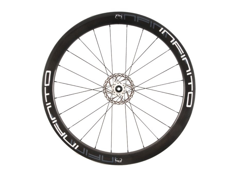 https://www.infinito-cycling.com/wp-content/uploads/2019/02/D5C-Witte-velg-Witte-naaf-Front-1.jpg