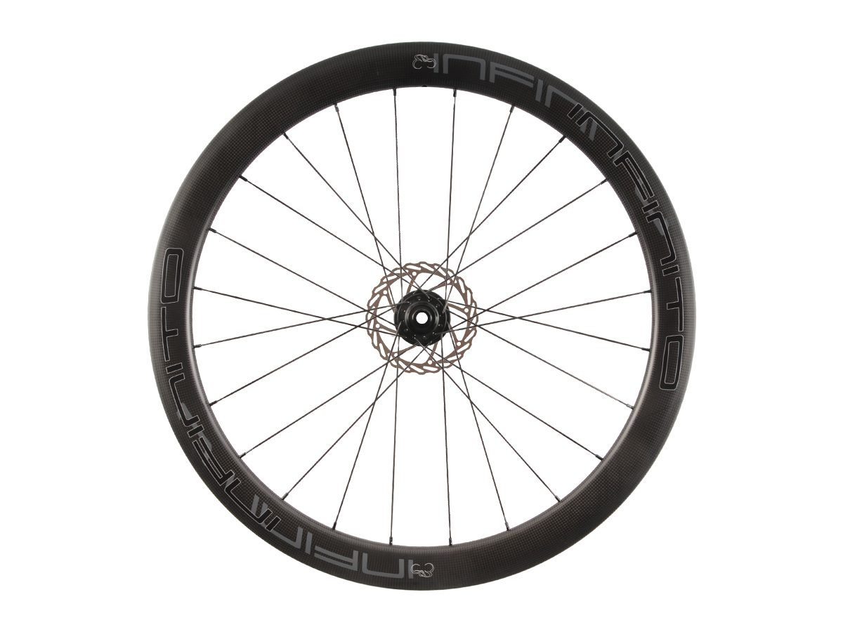https://www.infinito-cycling.com/wp-content/uploads/2019/02/D5C-Zwarte-velg-Zwarte-naaf-Rear-1.jpg