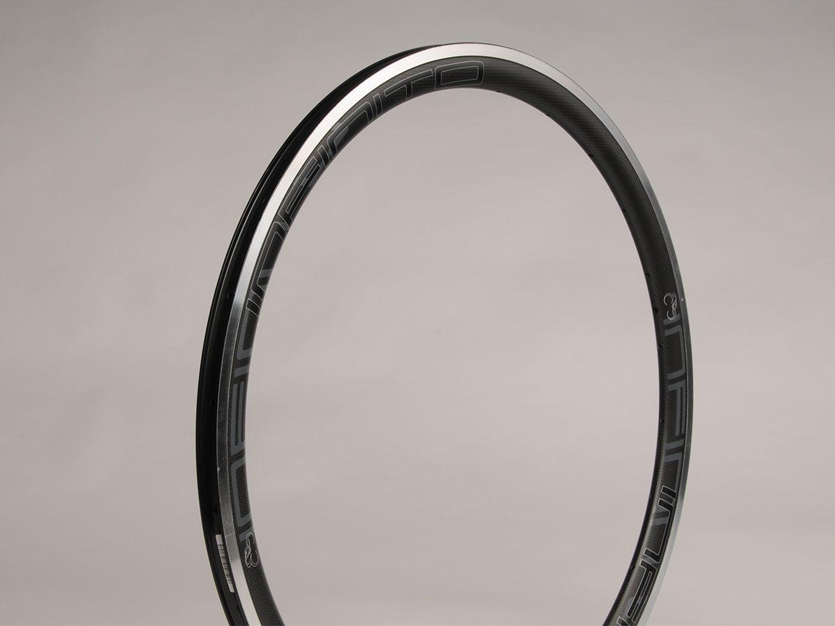 https://www.infinito-cycling.com/wp-content/uploads/2019/02/R4AC-Matt-1.jpg
