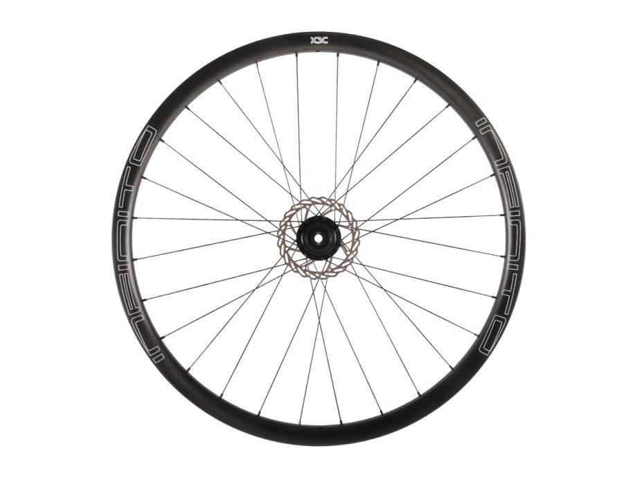 X3C – Zwarte velg – Zwarte naaf – Rear – 1